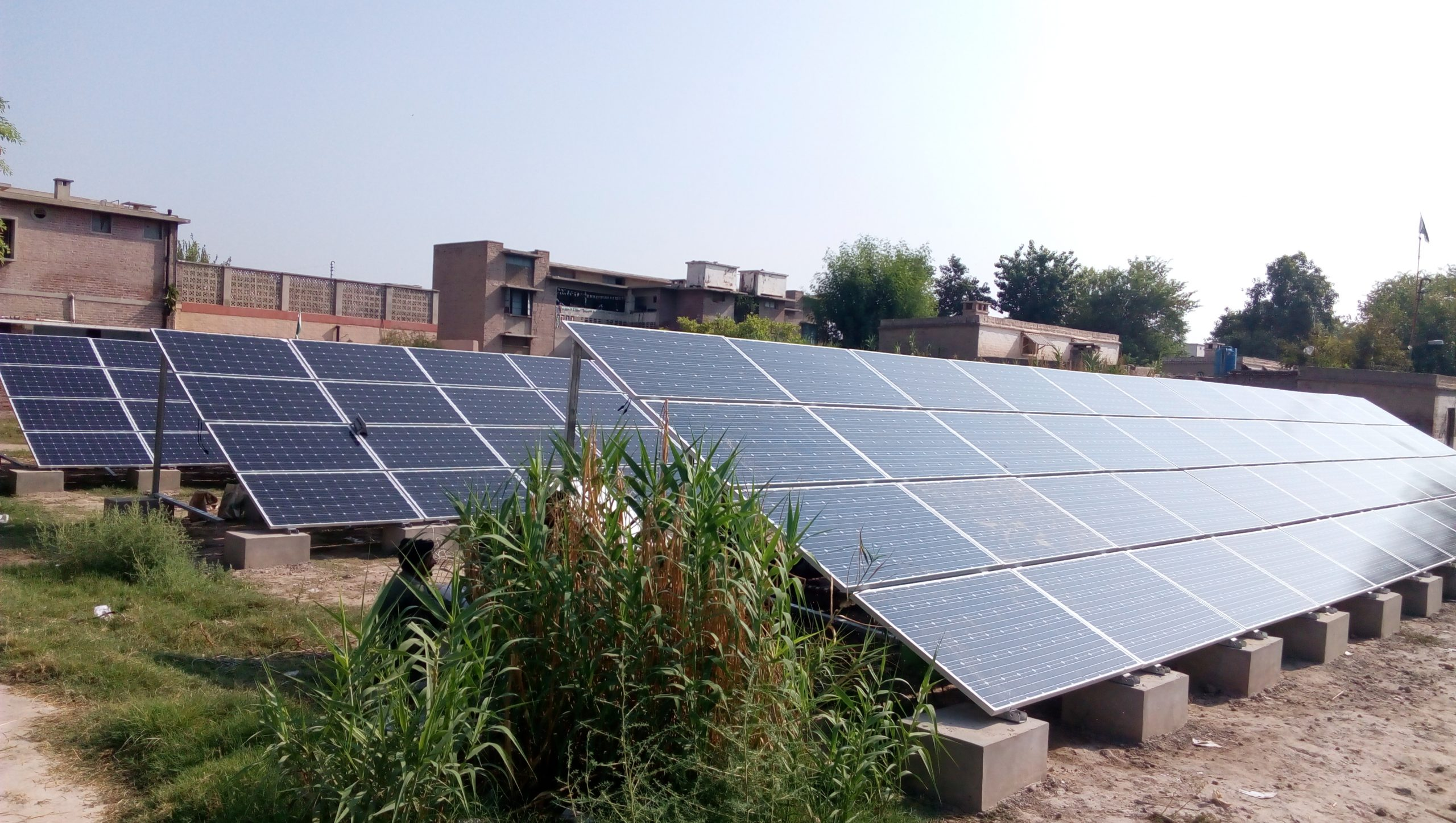 235KW Off-grid Solar System install in Multan for Water Pumping Solution